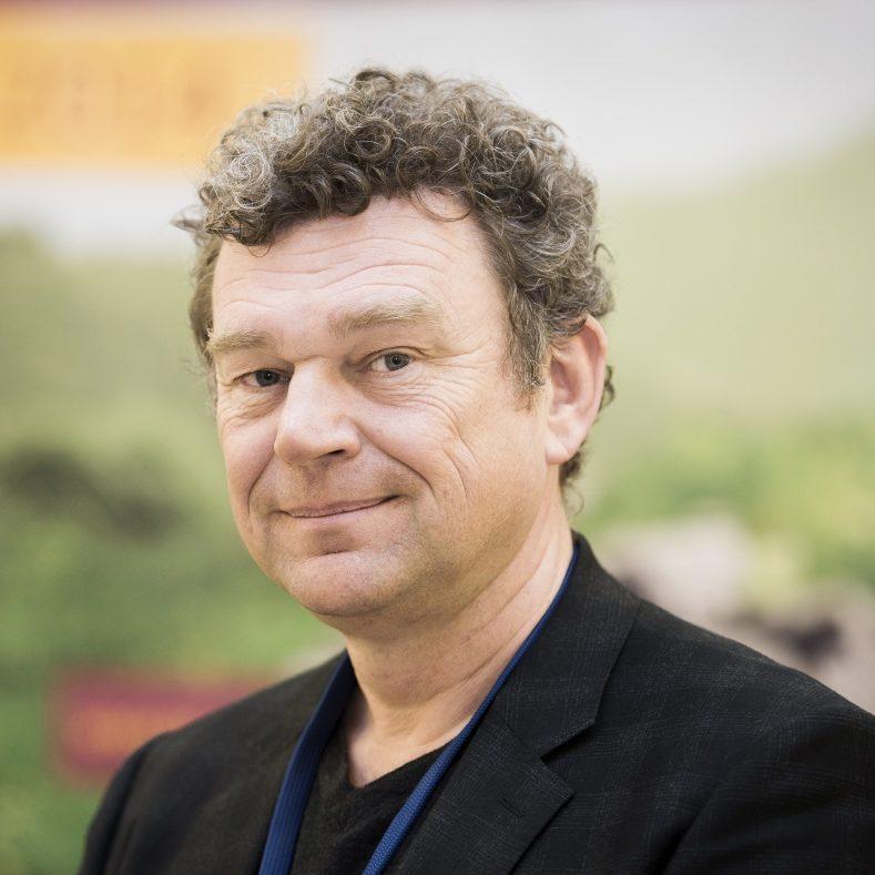 Dr. Paul Verschure