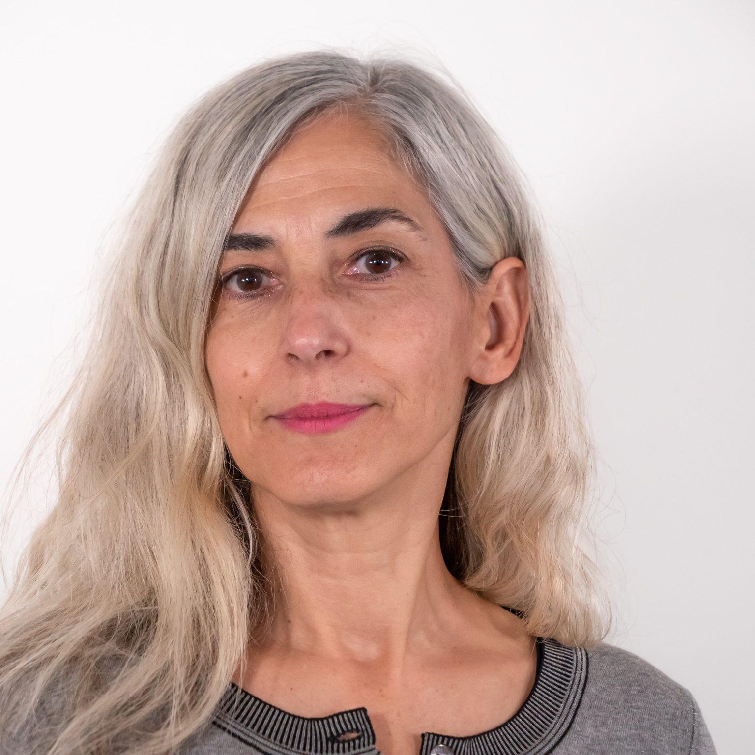 Dr. Anna Mura